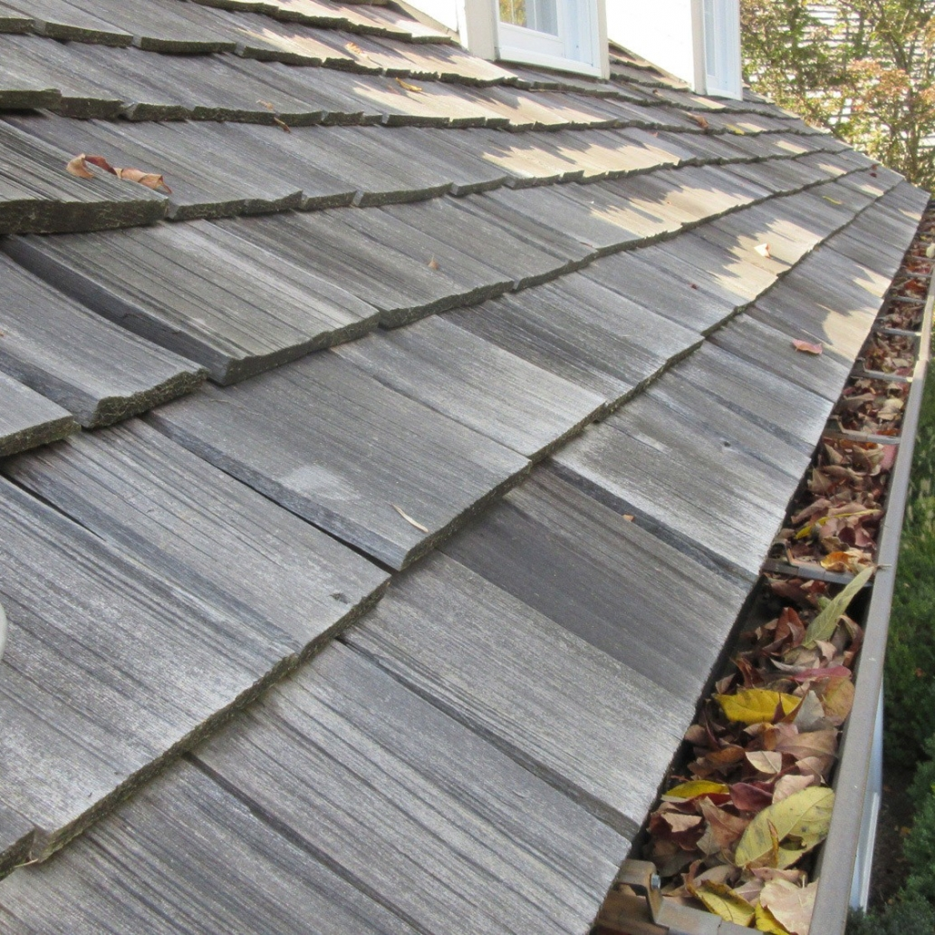 slate wood roof gutter cleaning 3